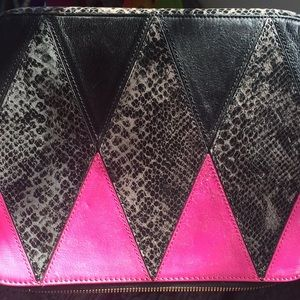 Juicy couture I pad/lap top cover